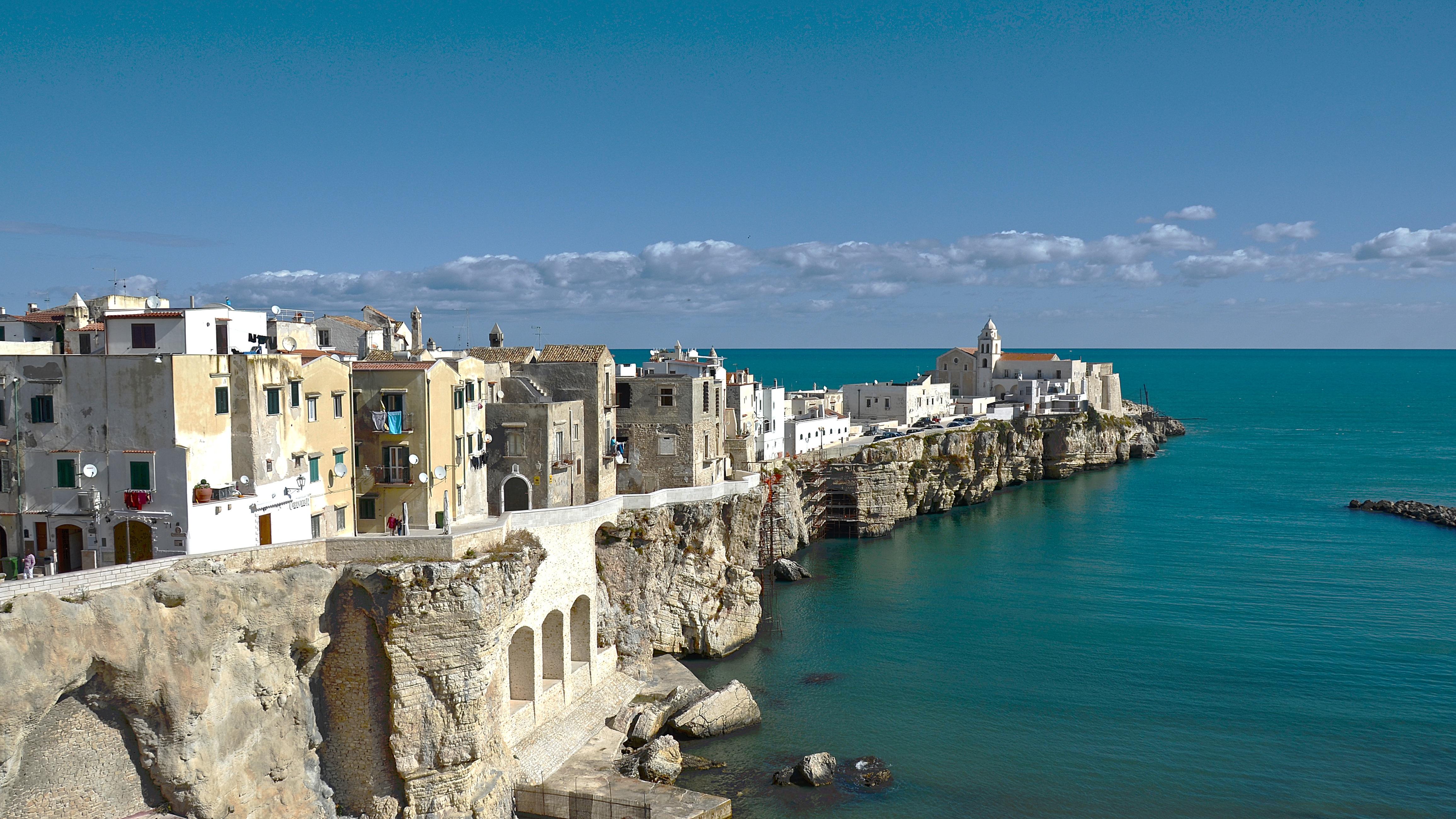 Apulien, Italiens ukendte støvlehæl, Kulturoplevelser, kulinariske traditioner, særegen atmosfære